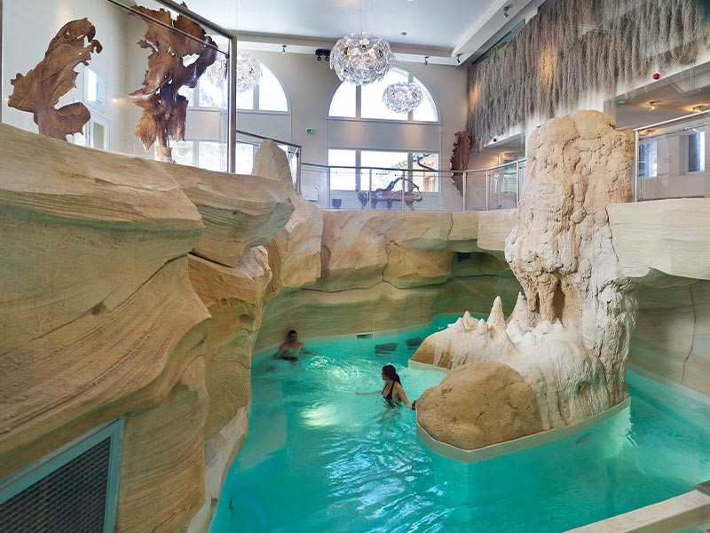 Wellness area spa arc 1950 Deep Nature Spa relaxation swimming pool mountain stay
