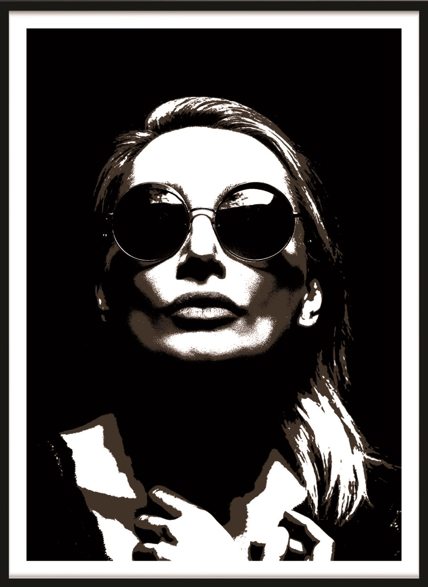 Portrait - Femme Fatale