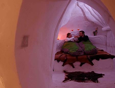 Passer une nuit sous l'Igloo... Comme un Inuit !