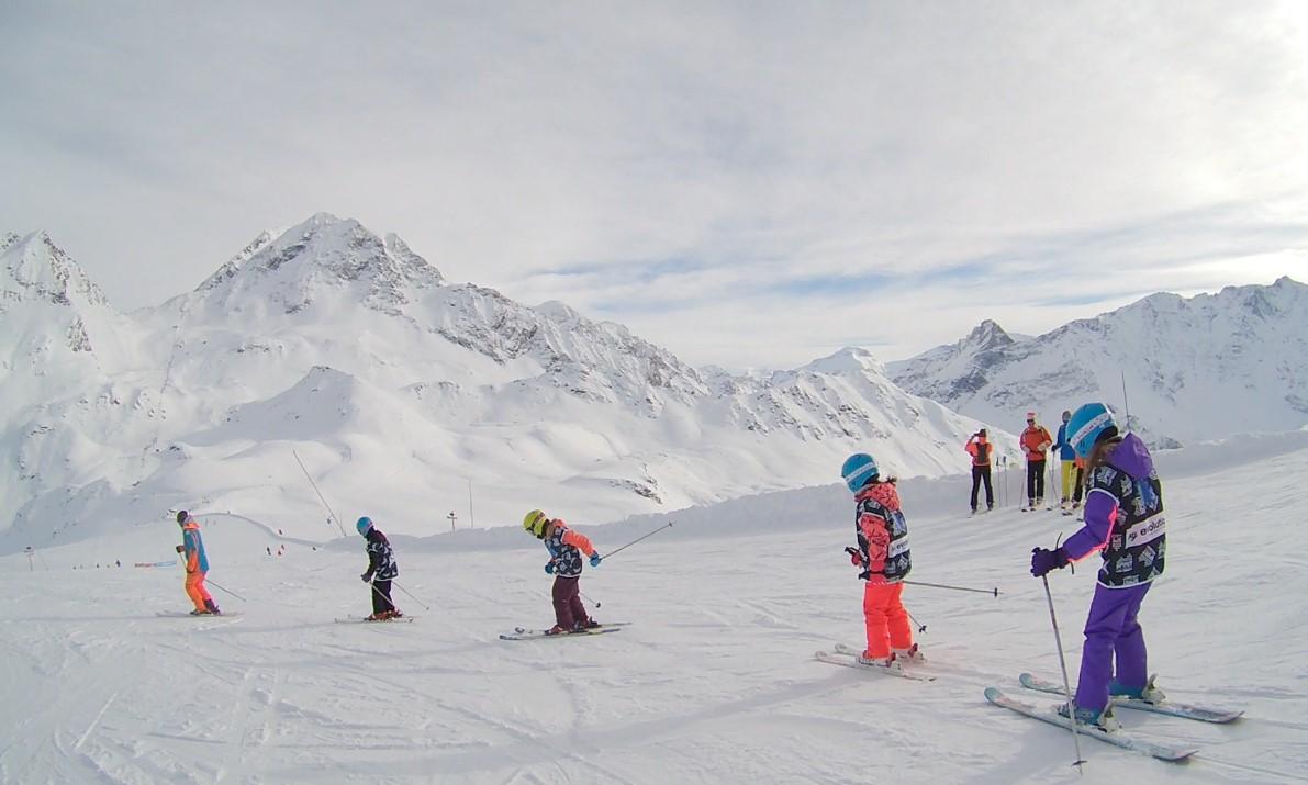 Cours de ski en famille aux Arcs