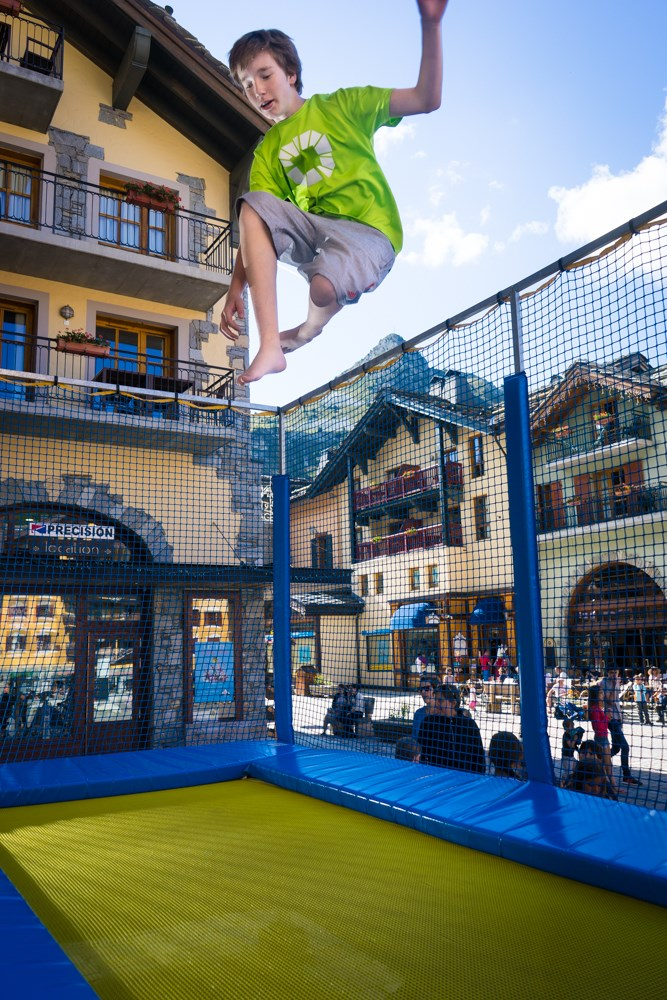Trampoline and entertainment in the Village