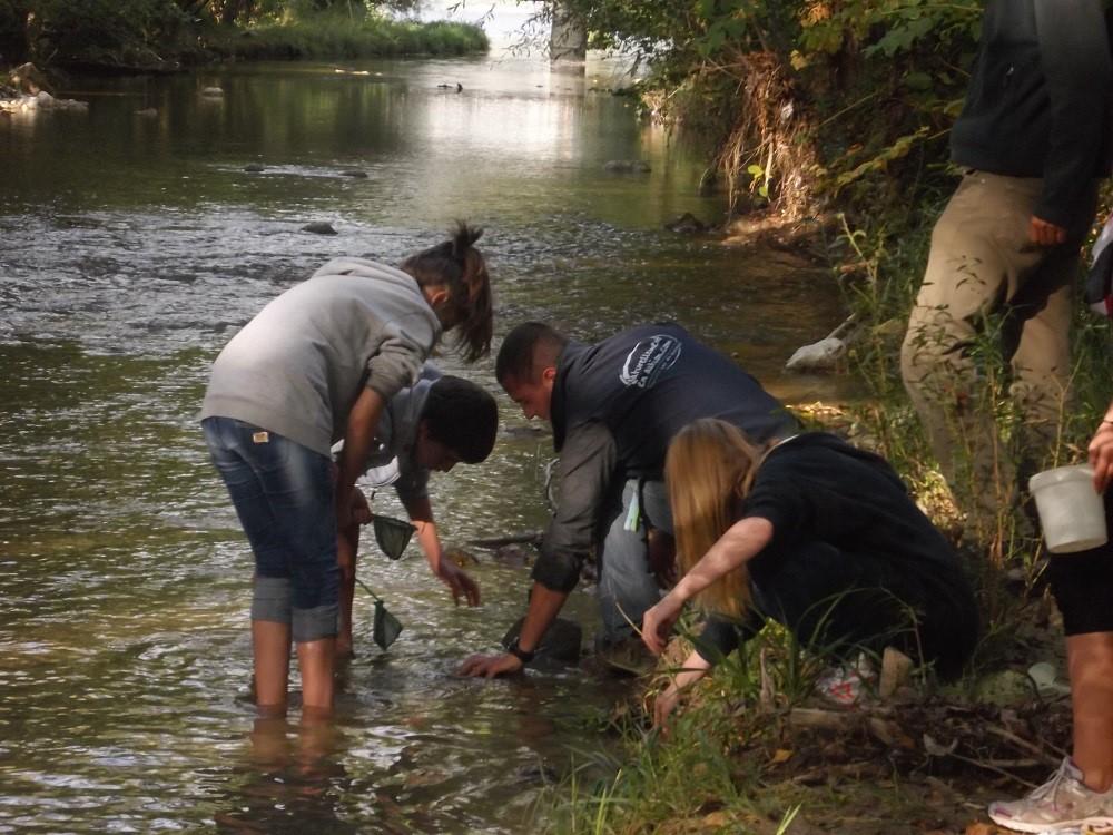 Pratiquer le lac et les rivières pour mieux comprendre