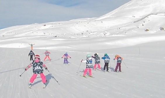 Spirit's ski lesson for children