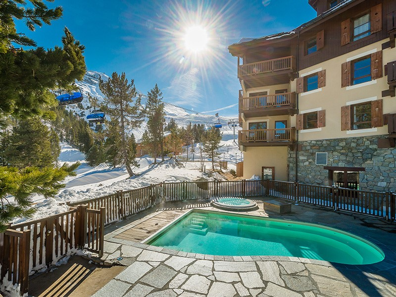 Accommodation in Les Arcs l luxury hotels in Arc 1950 family stay