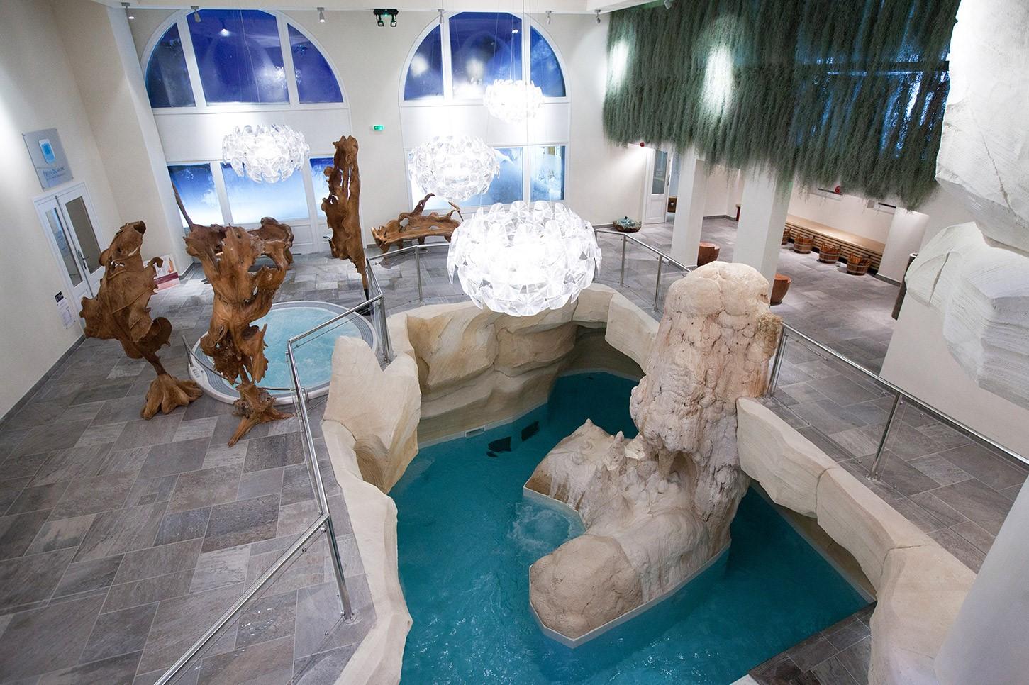 Spa deep nature arc 1950 détente sauna jacuzzi relaxation bien-être