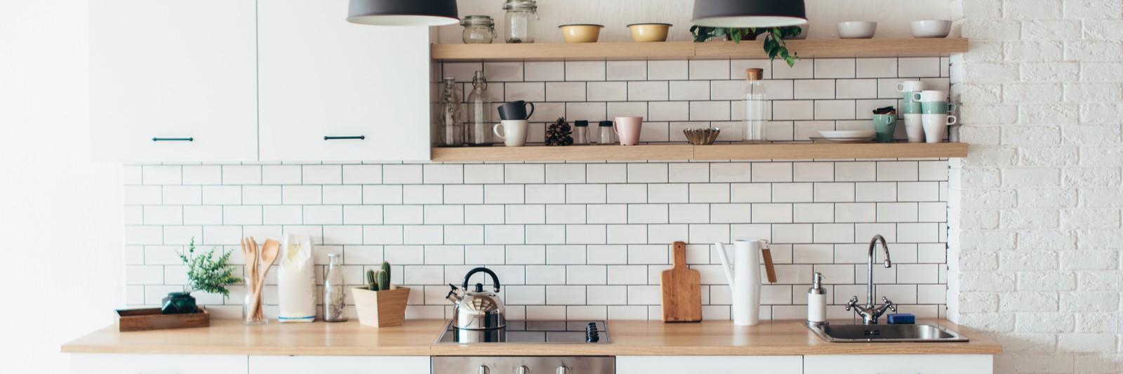 Comment décorer votre cuisine et salle de bain avec des cadres deco ...