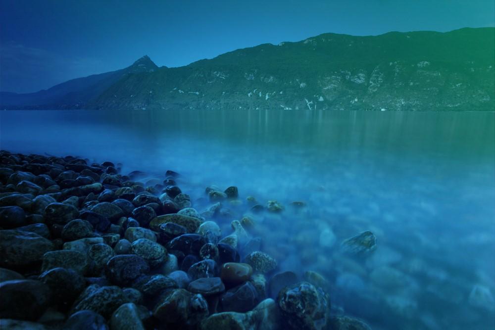 ©Aqualis-RemiMasson - Le lac du Bourget...