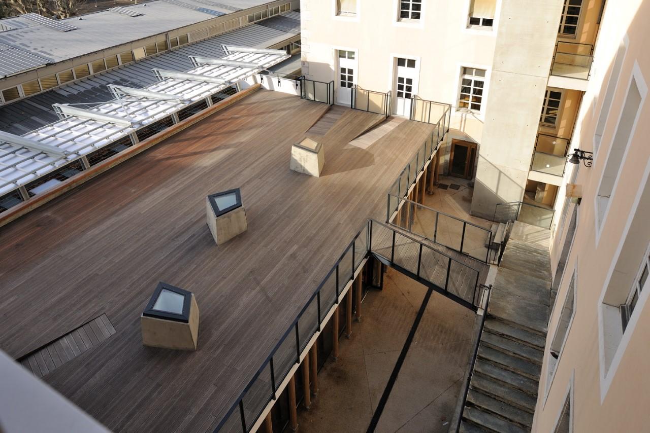 Autres structures métalliques et mobiliers urbains