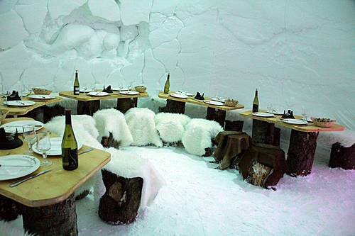 Diner sous un Igloo aux Arcs