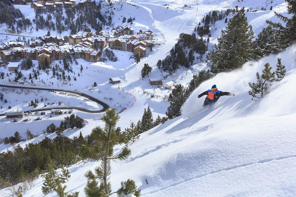 Skiing in Paradiski with Spirit